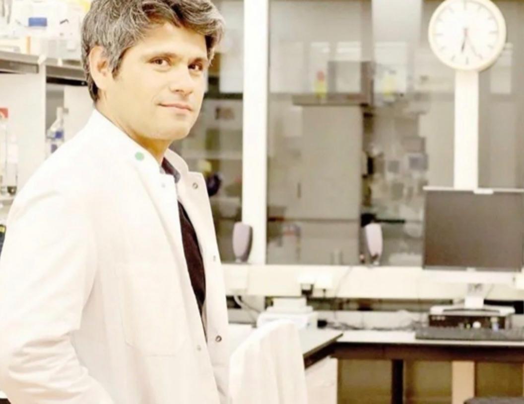 Investigador mexicano crea prototipo de vacuna contra VIH