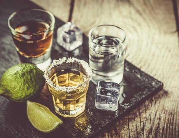 Reducción de alcohol asociada con una mejor supresión viral en mujeres que viven con VIH