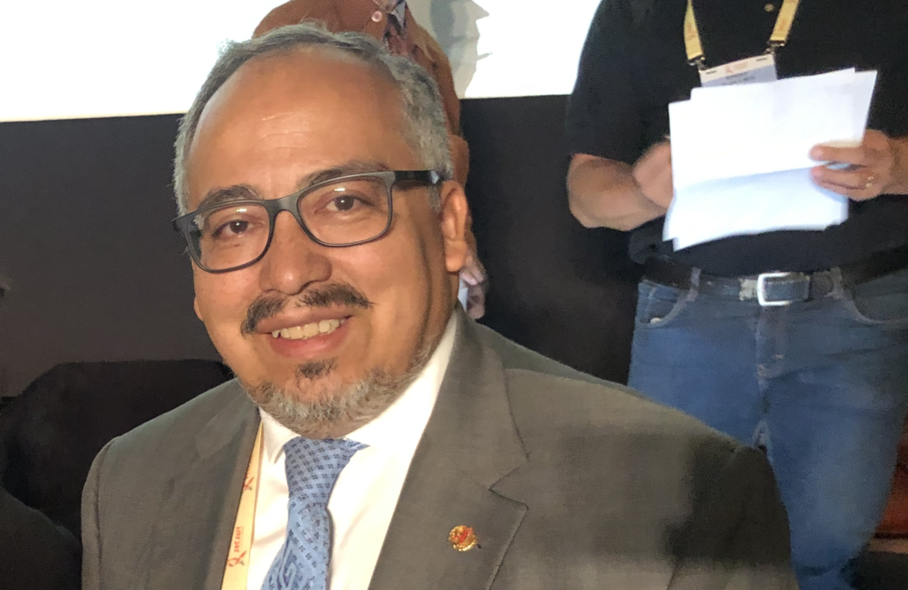 """Director regional de ONUSIDA:  """"La magnitud no sólo debe medirse en números, sino que también tenemos que escuchar el drama"""""""