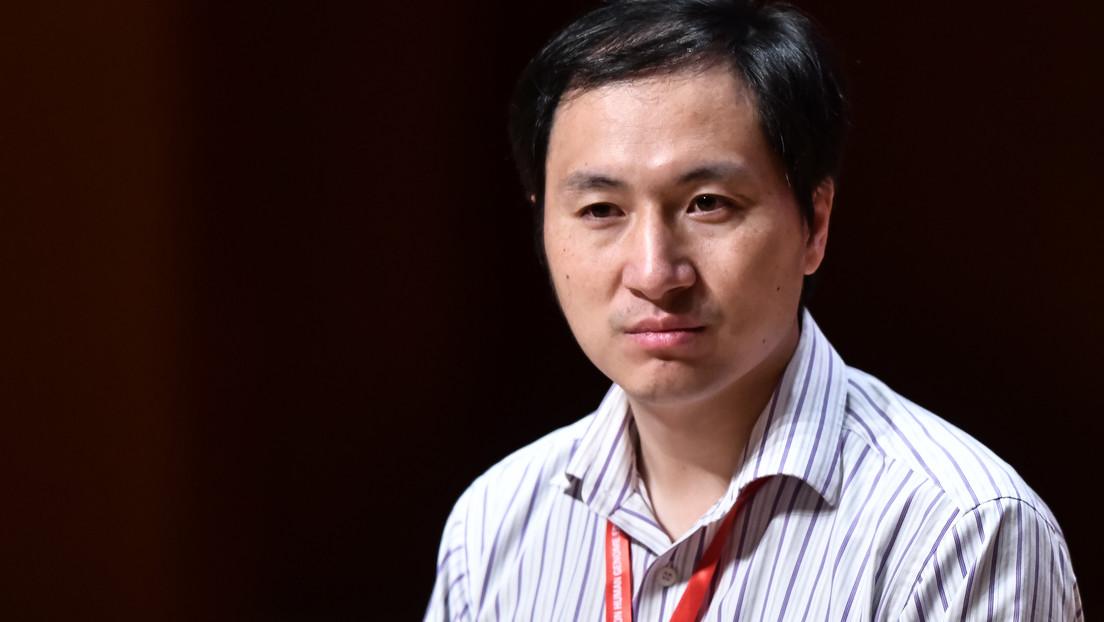 Condenan a tres años de prisión al científico chino que creó los primeros bebés 'editados genéticamente'