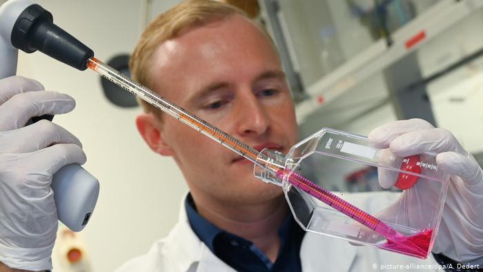 El desarrollo de vacunas contra el coronavirus: una carrera contra el tiempo