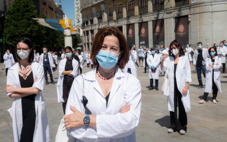 Más de la mitad de los médicos estaban 'quemados' antes de la pandemia