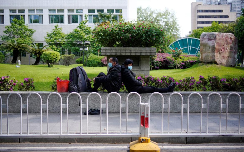 Parqueaderos, toses y pandemia