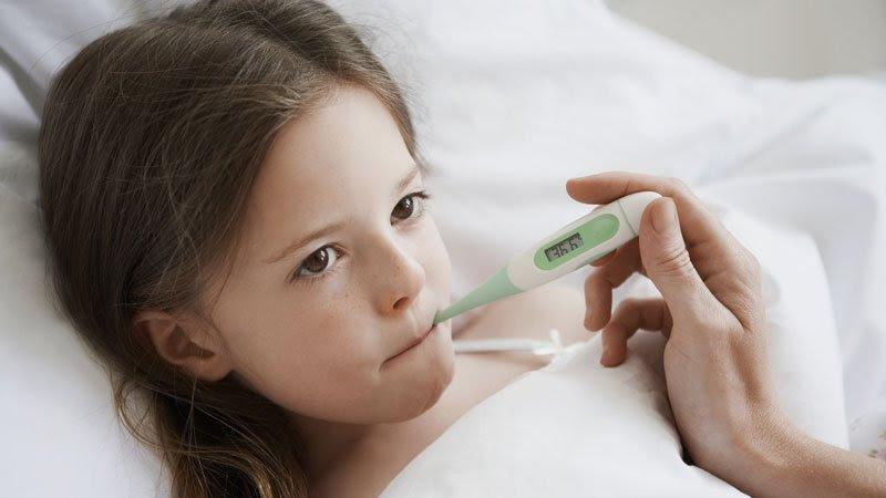 Muchos niños con COVID-19 se presentan sin síntomas clásicos