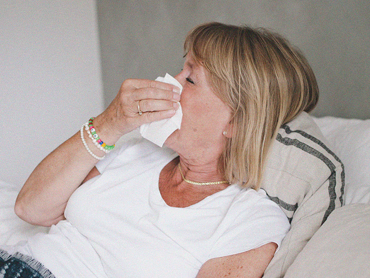 Enfermo, abandonado, sin poder acceder a ayuda:' Viviendo con COVID desde hace mucho tiempo