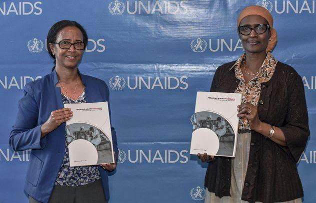 ONUSIDA insta a los países a intensificar la acción mundial y propone nuevos y audaces objetivos sobre el VIH para 2025